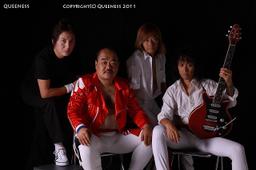 Queeness_2011_03